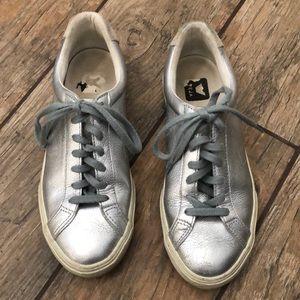 Veja Esplar Silver Sneakers